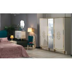Пятистворчатый распашной шкаф для одежды и белья с зеркалом в спальню Кастелло CAST-33
