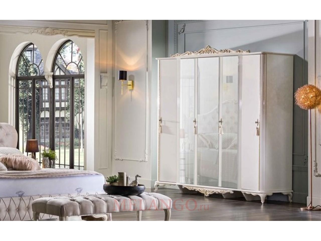 Пятистворчатый распашной шкаф для одежды и белья с зеркалом в спальню Мариана MARI-33