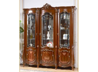 Трехстворчатый шкаф-витрина для посуды Магдалена КА-ШВ-3 орех